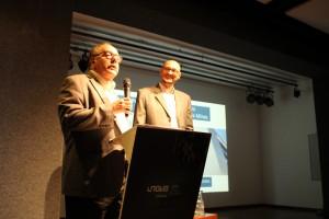 Prof Evaldo Vilela e Prof Sergio Cirino durante apresentação