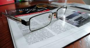 glasses-219734_1280